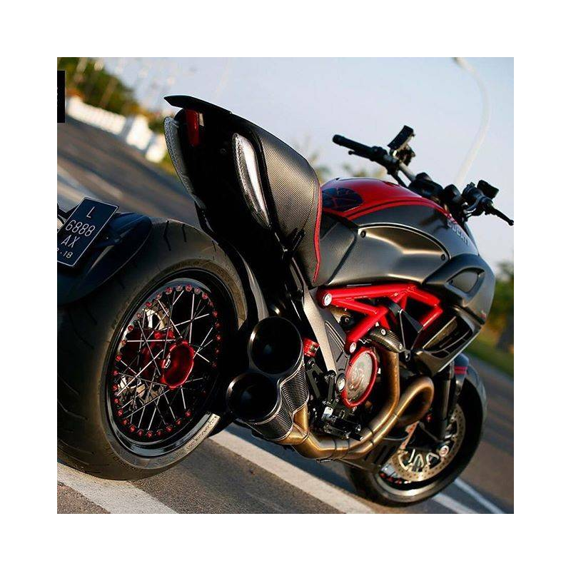 jante arri re rayon kin o ducati diavel x diavel starshop votre expert pi ces et accessoires. Black Bedroom Furniture Sets. Home Design Ideas